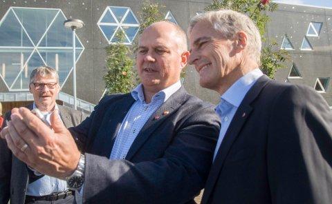 GÅR FOR JONAS: Varaordfører i Nordkapp og nestleder i Nordkapp Ap, Kjell-Valter Sivertsen, vil garantert ha Johnas Gahr Støre som ny statsminister. Det vil også et flertall av de som har tatt iFinnmarks valgomat.