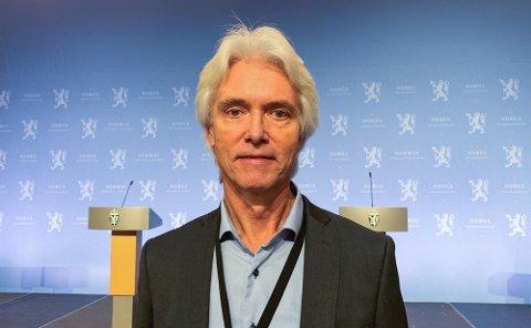Assisterende helsedirektør Geir Stene-Larsen er ikke i tvil - han slår til når han får tilbud om å ta vaksine.