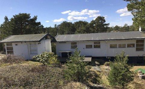 Anneks? Hytta på Buholmen ble godkjent revet og gjenoppbygget. Det ble også bygget ved siden av, som hovedutvalget mente er et anneks. Foto: Kragerø kommune