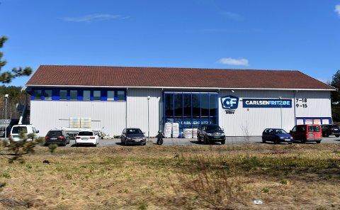 VIL UT: De flyttet hit i 2005, men i 2019 håper Carlsen Fritzøe å være på plass i et nytt bygg på Bingeplass.