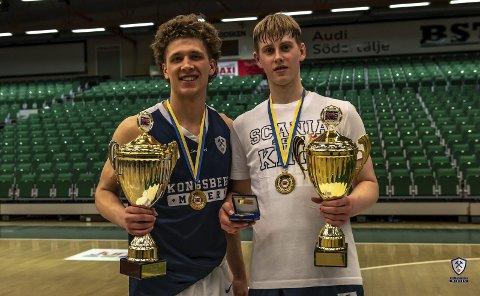 SENTRALE BRIKKER: Mikal Gjerde (t.v.) og Tobias Rotegård håper å avslutte juniorkarrieren med NM-gull på hjemmebane.
