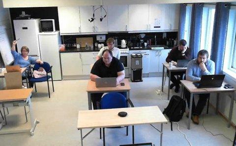 Fra tirsdagens formannskapsmøte i Flakstad hvor næringsområder på Napp og Ramberg ble diskutert.
