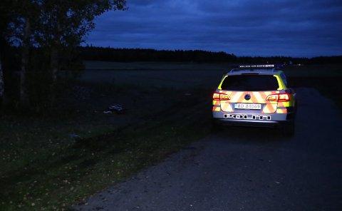 En eldre mann ble påkjørt i Ås torsdag kveld.