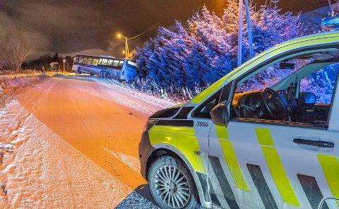 TO UTFORKJØRINGER: Politiet meldte om to utforkjøringer lørdag kveld på samme tid.