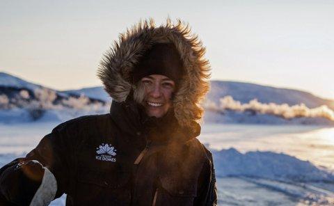 KLAR FOR NY SESONG: Daglig leder for Tromsø Ice Domes, Eelke Emilia Christinesdotter, skal drive ishotell også denne sesongen, selv om driften vil bli litt annerledes enn tidligere.