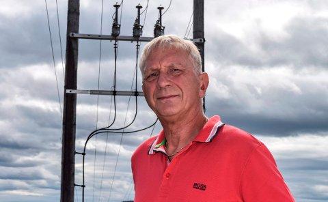 FIBERBREDBÅND: - Eidsiva bredbånd skal strekke fiberbredbånd i områdene de har fått kontrakt på uavhengig av abonnementssalg, fast slår Aage Sommerstad, prosjektleder for bredbånd i kommunene i Gjøviregionen.