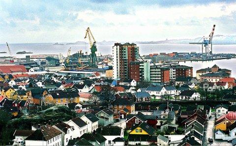 Torstrand sett fra Mesterfjellet. Foto fra 2000.