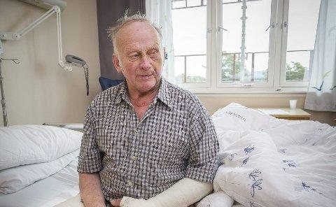 TILBAKE PÅ BEINA: Arne Finsrud fortalte i retten at han fortsatt tenker på den dramatiske ransnatta når han går til sengs på kveldene. Bildet er fra han var innlagt på Kongsvinger sjukehus. Foto: Jens Haugen