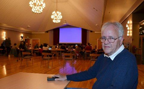 SKUFFET: Vidar Mobæk, som bor i Terningmoen borettslag, er skuffet over mange tomme ord fra politikerne i kommunestyret i Elverum da utbyggingen av Jegertomta ble vedtatt.