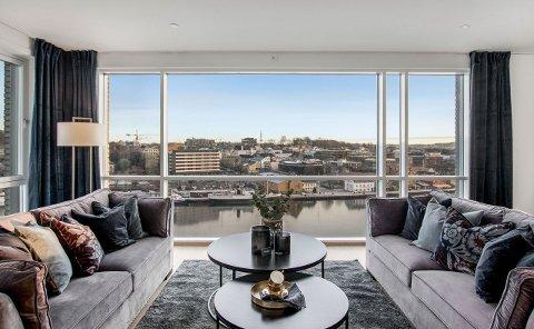 HELE ETASJEN: Med et bruksareal på 195 kvadratmeter har man god plass til både seg selv og familien, mener Rune Thomassen.