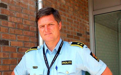 BUSSJÅFØR: Tidligere operasjonsleder Vidar Aaltvedt jobber i dag som bussjåfør. Politistasjonen i Skien mistet mye kompetanse da han gikk av med pensjon som 57-åring.