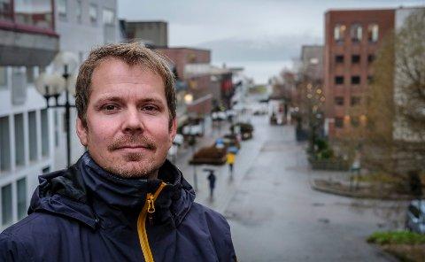 Kommuneoverlege Frode Berg sier man kan være litt mer optimistisk nå som det kan komme en vaksine til Rana.