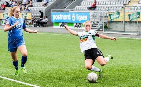 FORNØYD: Spillende trener Silje Nyhagen er fornøyd med måten spillerne taklet vårens motgang på. I høst skal de kjempe for en kvalikplass til neste års 1. divisjon.
