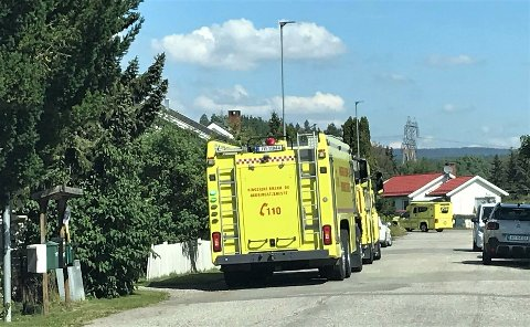 BRANN I KJELE: Brannen på et kjøkken i Halvdan Svartesgate i Hønefoss ble slukket. En person ble sendt til sykehus.