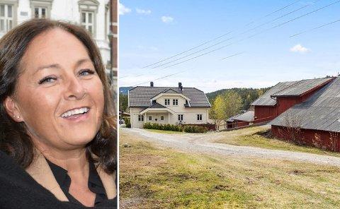 INTERESSE: Eiendomsmegler Randi Braathen Ødegaard har opplevd stor interesse for småbruket i Åsa.