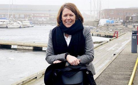 Spent: Daglig leder i Holmestrand næringsforening, Line Mobråthen Rygh, gleder seg. Foto: Pål Nordby