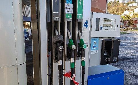 OM EN UKE: Først om en uke får bensinstasjonene i Vestfold igjen tilkjørt 98-oktan fra Esso-raffineriet på Slagentangen.