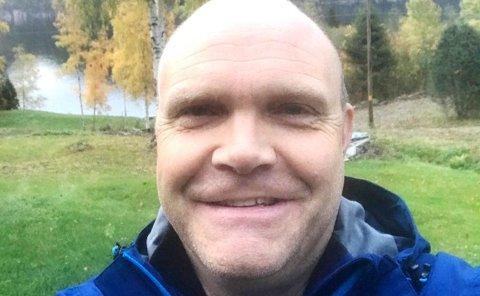 FORNØYD MED Å JOBBE I SILJAN: Tom Olav Guren er svært fornøyd med å ha fått jobb i Siljan. Her er han på høstferie ute i det fri.