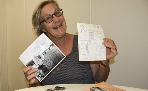 A-JOLLE: Nina Lisberg var selv aktiv i Notodden seilerforening, og seilte med en A-jolle. Nå synes hun det er så moro at det sparkes liv i foreningene igjen, og forteller at hennes egen far var primus motor da foreningen ble stiftet høsten 1965.