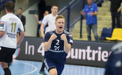CHAMPIONS LEAGUE-DEBUT: August Baskår Pedersen (24) har oppnådd barndomsdrømmen sin. Søndag debuterte han i Champions League.  FOTO: Ole Mørk/Midtjysk Foto