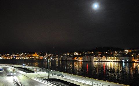 Kristiansund 29.12.17: Kaldt og ganske klart. Nyttårsaften skal bli likedan, ifølge Meteorologisk institutt.