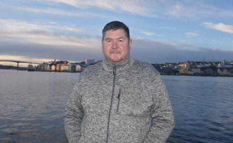 Thierry Sæther (52) glemte å sende inn riktig antall timer han jobbet på to meldekort da han var permittert. Plutselig fikk han et tilbakebetalingskrav på nesten 150.000 kroner fra Nav.