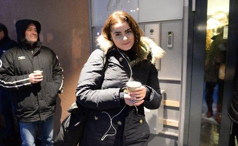 Julia Olsen (19) fra Horten sikret seg Slottsfjell-pass tirsdag morgen. Foto: Anne Charlotte Schjøll