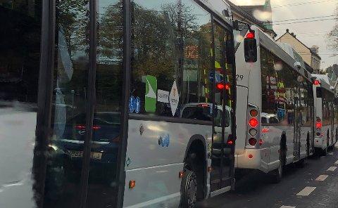 SISTE BUSS? Vi har laget en oversikt over de siste bussene som går fra Rutebilstasjonen i Tønsberg.
