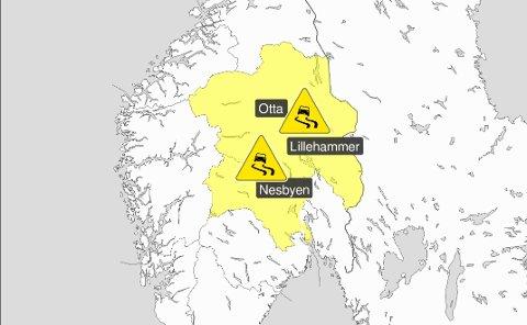 FAREVARSEL: Meteorologisk institutt har sendt ut gult farevarsel. - Dette brukes om en moderat farlig situasjon, som kan forårsake skader lokalt, heter det på yr.no. De to neste farenivåene er oransje og rødt.