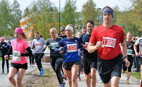 LØPEGLEDE: Etter halvannet år med korona, kan Vestbyløpet endelig gå av stabelen den 12. september. Her er et bilde fra løpet i 2019.