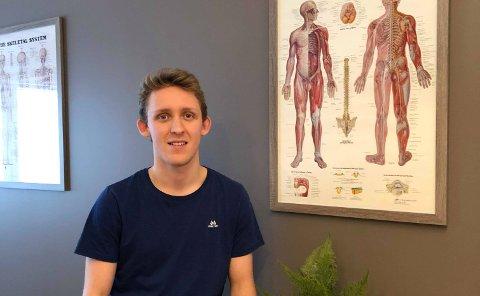 TAR VIDEREUTDANNING: – Planen er at jeg jobber som muskelterapeut frem til sommeren hvor jeg forhåpentligvis består den avsluttende eksamen og kan kalle meg osteopat.