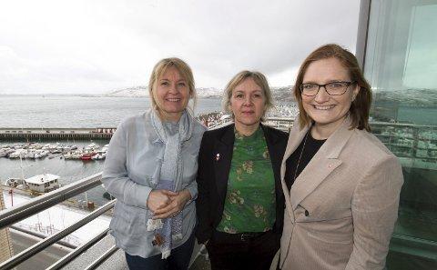 Cruisenæringen: Havnedirektør Kjersti Terese Stormo og daglig leder i Visit Bodø Ann Kristin Rønning Nilsen og Ordfører Ida Pinnerød.
