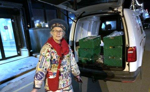Shirley Bottolfsen skulle sende et lass med mat til Steigen.