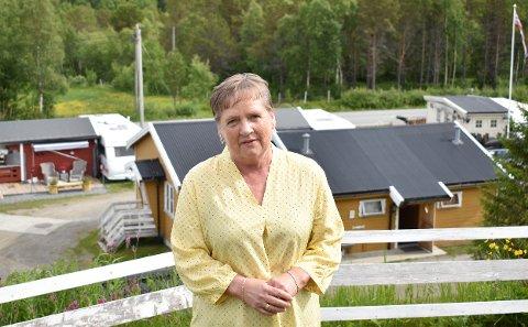 DRIVER ALENE: Da mannen ble syk for fem år siden, sto Else-Marie alene igjen med driften av Kjerringøy Camping.