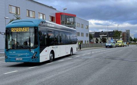 To passasjerer var på bussen da ulykken fant sted.