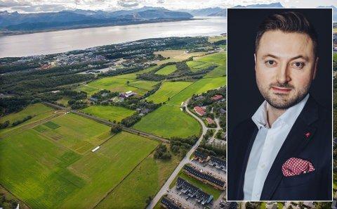 Vågønes gård i Rønvika består av flere bygg, blant annet fjøs, redskapshus, kontorbygg og boliger. Georg Rånes Paulsen (38) var eiendomsmegler under salget.
