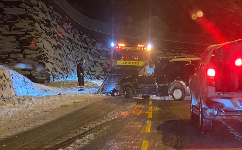 Ingen ble skadd i trafikkuhellet i Birkelundsbakken, ett av flere trafikkuhell i løpet av natten.