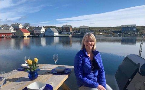 Innflytter: Tone Hegre er opprinnelig fra Klepp, men har også bodd på Sola. I september i fjor flyttet hun til Kvitsøy, etter å ha kjøpt tomt ved sjøen og bygget hus, naust og brygge.