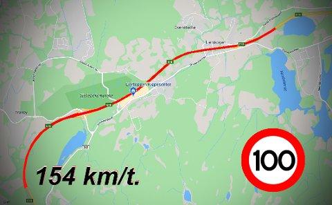 Over en strekning på 5.819 meter skal topp-fotballspilleren ha holdt en gjennomsnittshastighet på 154 km/t. til tross for at det kun var 100-sone på stedet. Illustrasjon: Vegard M. Aas