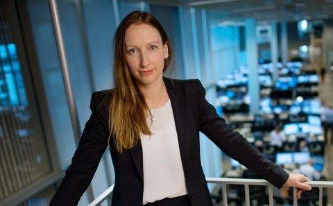 TROR PÅ DESEMBER: Sjeføkonom Kjersti Haugland i DNB Markets tror Norges Bank utsetter renteøkningen til desember, men er veldig spent på signalene til torsdag. Foto: Stig B. Fiksdal (DNB)