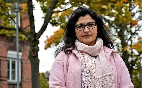 UENIG: Aps Anahita Jafari reagerer på Frps kritikk av vaksineringen i Horten.