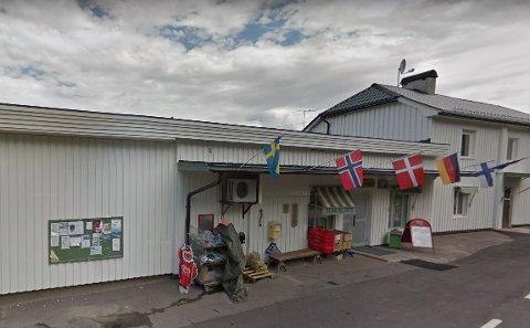 LEVDE AV NORDMENN: Grensenedstegningene har skapt trøbbel for denne butikken nok en gang, for nå er det kroken på døra - og ansatte må finne seg ny jobb.