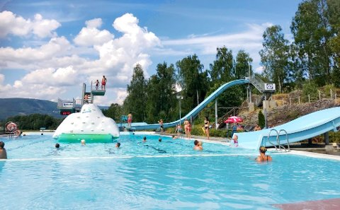 Jorekstad Fritidsbad i Lillehammer gjenåpner tirsdag 16. juni, men ikke flere enn maks 200 får være i anlegget samtidig. De første dagene bare opptil 150.