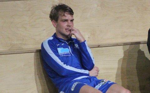 MER ENN BESØK? Joakim Våge Nilsen på besøk på FKH-trening. Nå kan han bli FKH-spiller igjen.