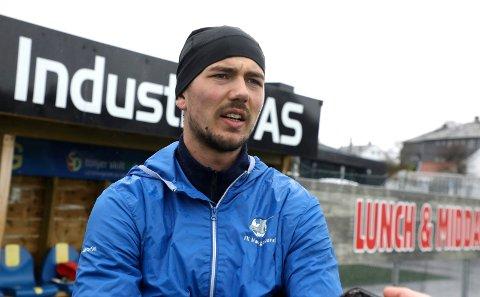 MÅ TA PAUSE: Fredrik Pallesen Knudsen og de andre FKH-spillerne må trolig ta pause fra fellestreningene igjen, akkurat som i fjor vinter.