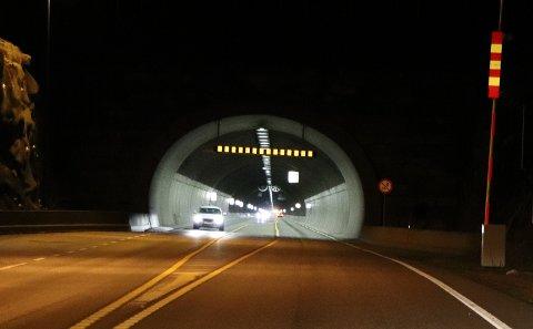 TATT: Sjåføren ble til slutt stanset av politiet i Karmøytunnelen.