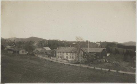 Nordre Fossen bruk på tidlig 1900-tallet. Fotoeier: Åsen Museum og Historielag
