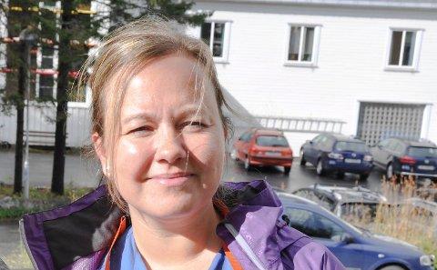 Uenig: Hovedtillitsvalgt Terese Jenssen for Norsk sykepleieforbund i Vågan sier man nå vil avslutte saken etter at en sykepleier og politiker ble kalt inn til en samtale hos kommunalsjefen på bakgrunn av en Facebook-kommentar.