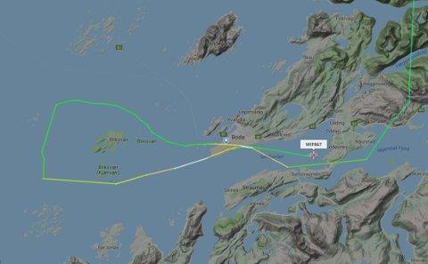 HAVTÅKE-TRØBBEL: Tett havskodde skapte problemer på Bodø Lufthavn tirsdag ettermiddag. I Svolvær skapte et småfly trøbbel for flypassasjerene. Skjermdump: Flightradar24