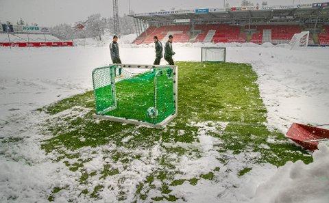 KLAR FOR KAMP: Om en måned skal det spilles kamp på Alfheim mot Molde. Da med 600 tilskuere på tribunen.